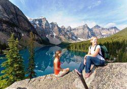 """Ngắm 3 hồ nước đẹp đến """"nghẹt thở"""" ở Canada"""