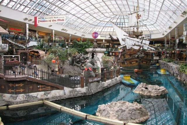 Chợ St. Lawrence khu chợ sầm uất ở Canada