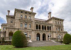 Ghé thăm 3 lâu đài cổ lộng lẫy nhất nước Mỹ