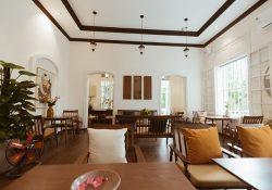 Check-in 2 quán cà phê tông trắng hot nhất thủ đô nhân dịp đầu năm