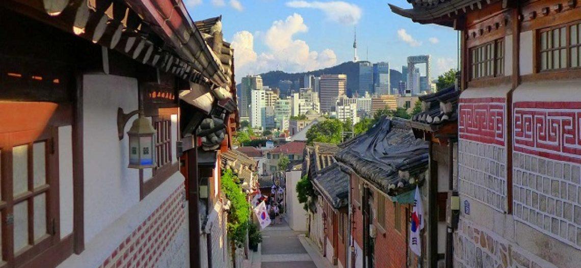 Tham quan những ngôi làng cổ đẹp tựa tranh vẽ ở Seoul, Hàn Quốc