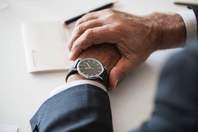 Tại Đức, việc đến đúng giờ được xem như một chuẩn mực tối thiểu dành cho tất cả mọi người