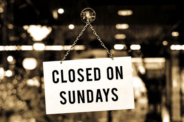Chủ Nhật là ngày để nghỉ ngơi, vì thế nhiều cửa hàng, siêu thị,… ở Đức sẽ đóng cửa